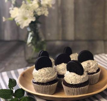 Cookies and Cream Cupcakes dozen