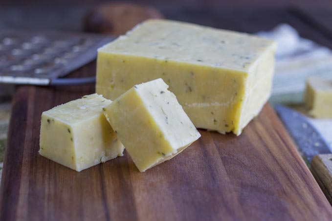 Sunny Meadows Chive Cheese (RAW)