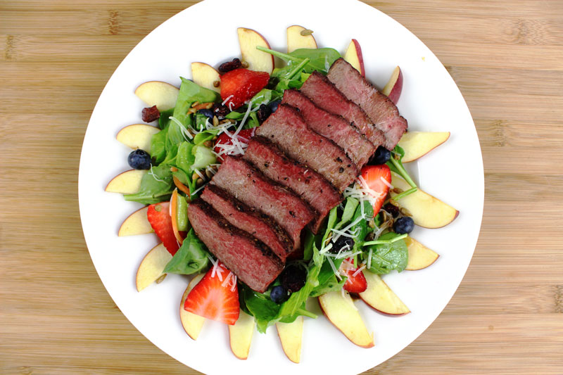 Triple Berry Salad with Grilled Sirloin Steak