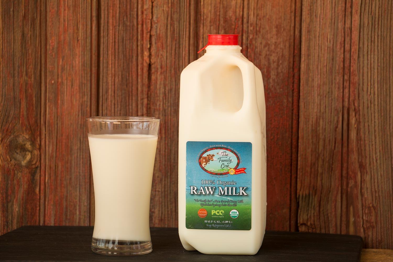 Half Gallon Raw Cow Milk
