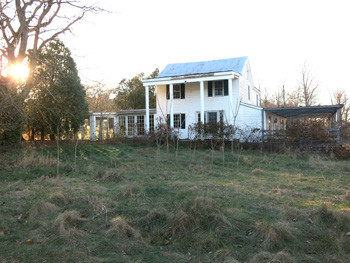 Old-House-at-Amen-Acres.jpg