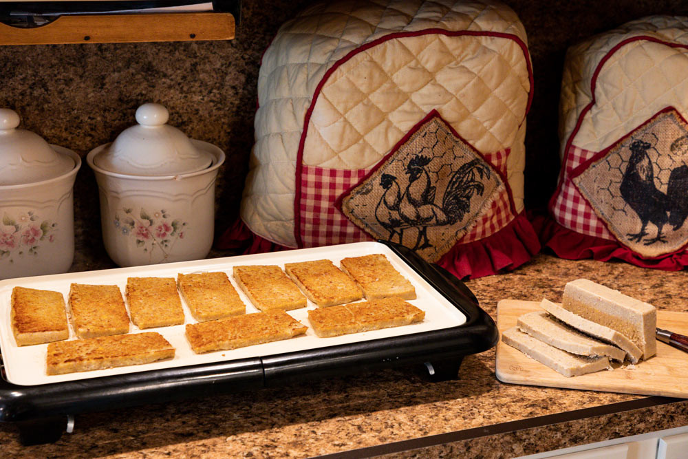 Scrapple-Recipe---Frying-&-sliced.jpg