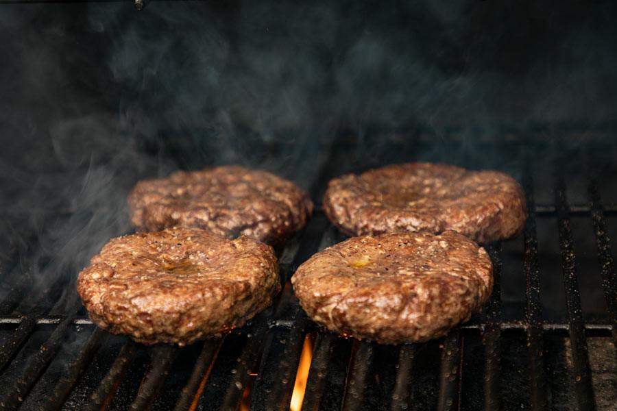 Grilling-Burgers.jpg