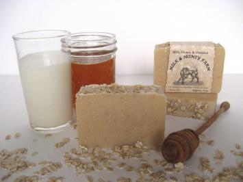 Goat Milk Soap - Milk, Honey & Oatmeal - 4 oz. Bar