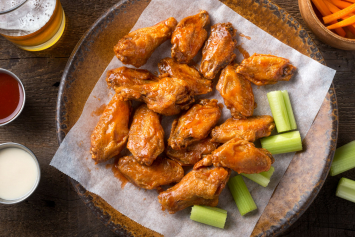 Chicken Wing Party Platter with Sauce