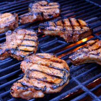 Pork Chops - Bone-In (2/pkg)