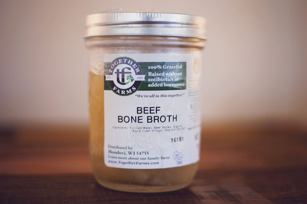 Beef Bone Broth, 14 oz (pint)