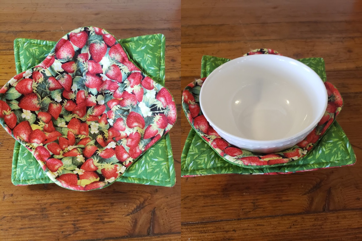 Bowl Cozy Set - Strawberries - (Bowl Not Included)