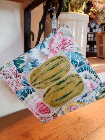 Pot Holder - Delicata Squash w/ Colorful Vegetable Leaves Border
