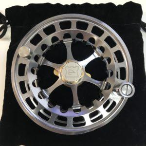 Hardy-Ultralite-DD-Spool-Titanium-01