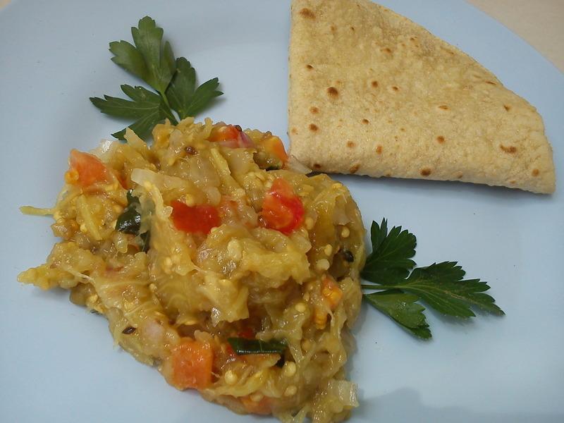 Baigan Ka Bhartha/ Skillet baked Egg Plant Sidedish for Roti's or Indian Bread