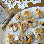 Apple and Chocolate Phyllo BALUCHON parcels