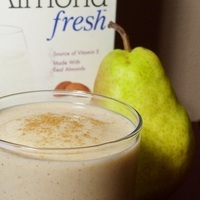 Pear-Almond Power Smoothie