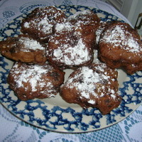 CHOCOLATE APPLE FRITTERS