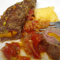 Beef rolls with vegetables