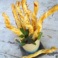 Puff pastry twisted sticks