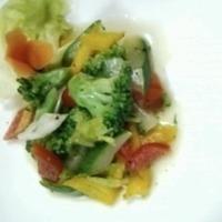 broccoli, zucchini salad