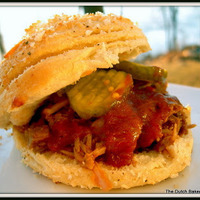 Root Beer Pulled Pork on Cheesy Biscuits....in 30 minutes