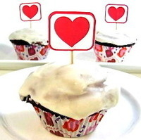 Amazing Skinny Red Velvet Cupcakes for Your Sweetheart
