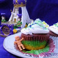 Getcha Gras On with King (Cup) Cake