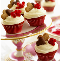 Yummy Red Cupcake and Cakes this Love Month