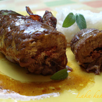 Meat rolls with prosciutto and sage
