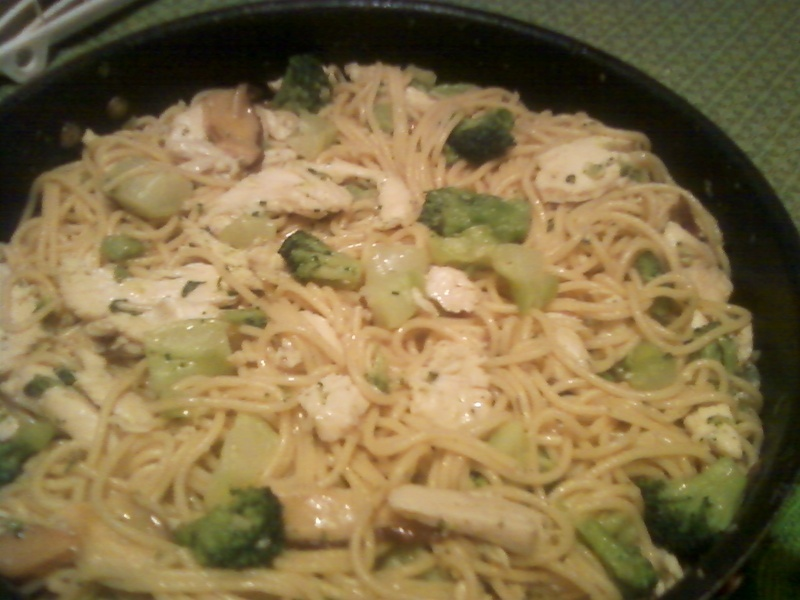 Garlicky Herbed Chicken w/ Broccoli, Shiitakes, and Spaghetti