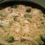Garlicky Herbed Chicken w/ Broccoli, Shiitakes, and Spaghetti