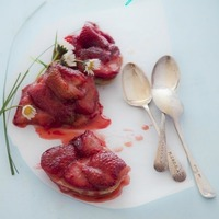 Outakes from Donna Hay: Mini Strawberry Tarte Tatins and Vanilla Roasted Strawberries