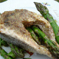 Salmon steaks with asparagus