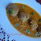 Meat balls in spicy coconut gravy