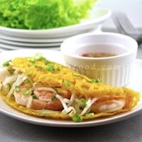 Vietnamese Sizzling Crepes-Banh Xeo