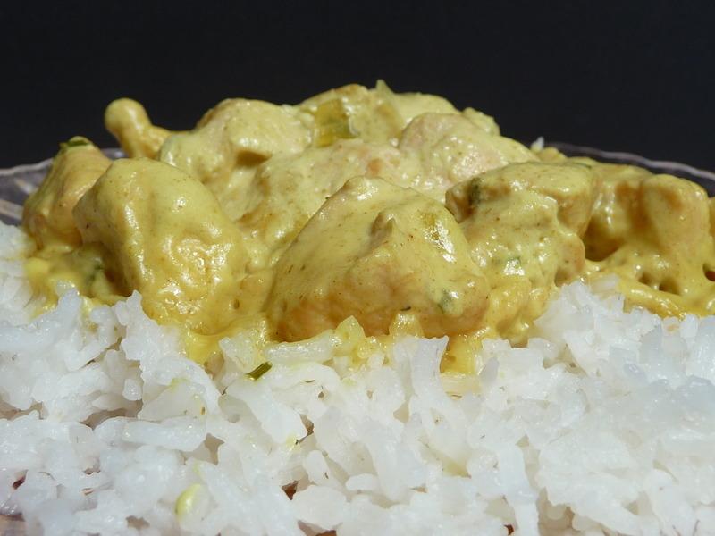 Poulet au curry et lait de coco recipe by malicia cookeatshare - Poulet au curry et lait de coco ...