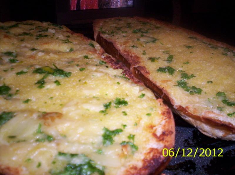 Roasted Garlic Garlic Bread