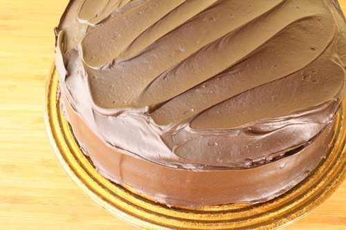 Beautiful, Gorgeous, Awesome, Gluten-Free 100% Oat Flour Chocolate Cake
