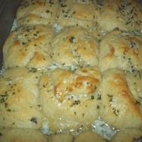 Garlic Buttermilk Dinner Rolls