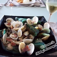 Sauvignon Blanc Clams & Mussels Pot
