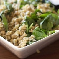 Pasta with Spinach, Chickpeas and Feta