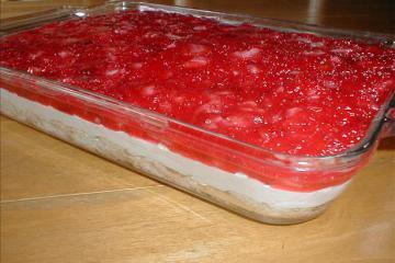 Strawberry Danish Dessert Recipe by Kim - CookEatShare