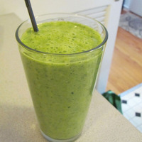 Weight Watchers Kale Spinach and Apple Smoothie