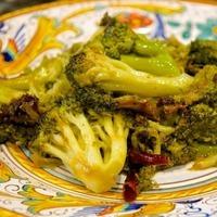 Broccoli strascinati (Dry-Sautéed Broccoli)