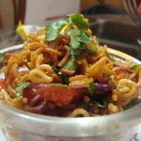 Bombay Bhel BhelPuri , The Maggi /Ramen way