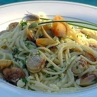 Spaghetti Vongole (Pasta with Clams)
