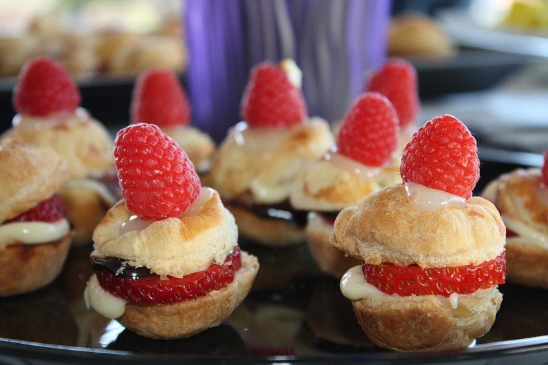 Oh the pretty little Puff Pastry Cream Puffs!