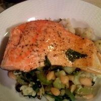 Oven Roasted Salmon w. Cauliflower & White Bean Sauté