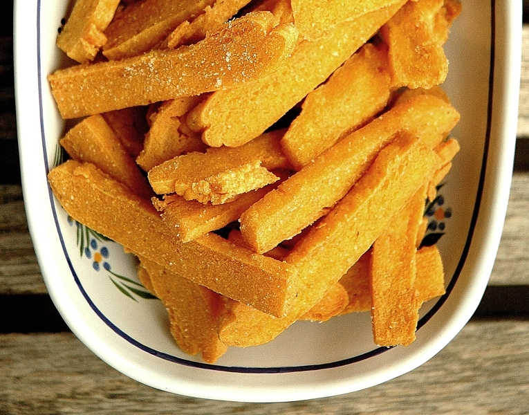 Panizas or chickpea fritters