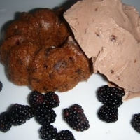 Blackberry Chocolate Chip Gossip Cakes with Chocolate Pudding Ice Cream