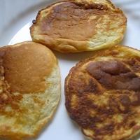 Veronica's Apple Pancakes