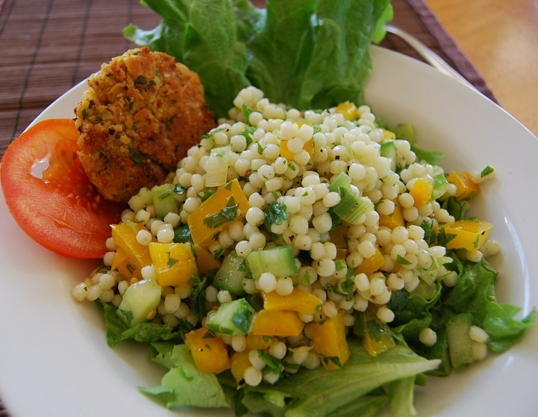 Israeli couscous salad recipe by kirsten 39 s cookeatshare for Couscous food recipe
