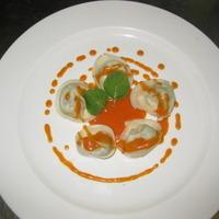 tortelli di erbe con vellutata di pomodorini